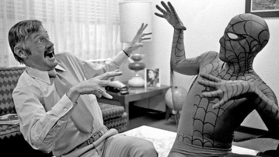 Stan Lee en zijn creatie Spider-Man.