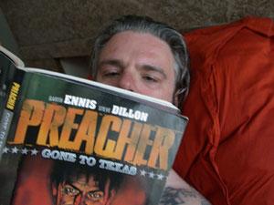 Leen leest Preacher.