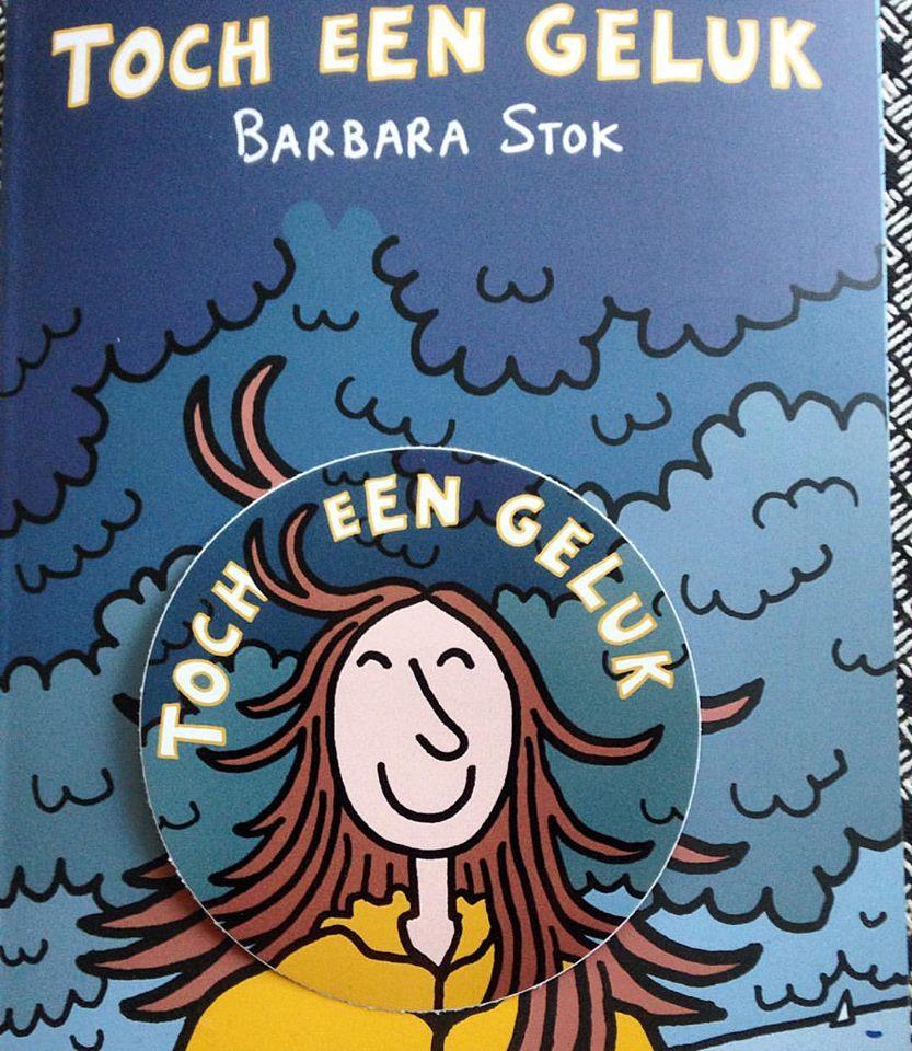 Bij het boek krijg je een gratis sticker met daarop het gelukkig lachende hoofd van Barbara.