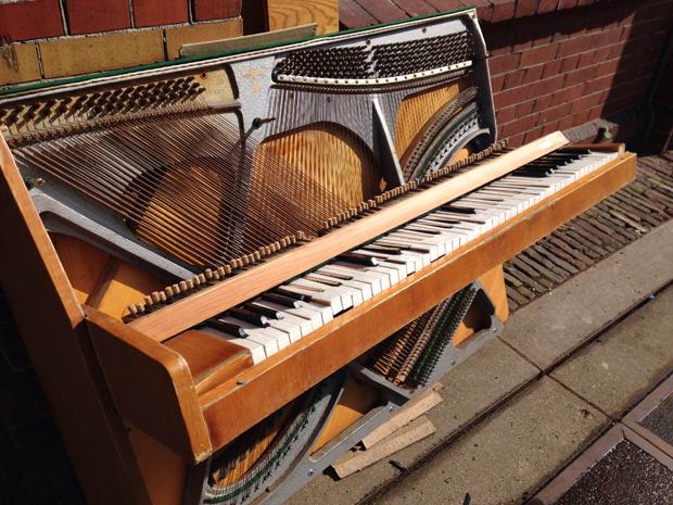 gebroken_piano