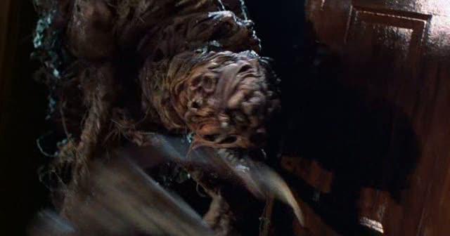 House: Monsters in de kast