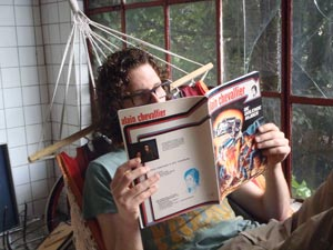 Jules leest zijn