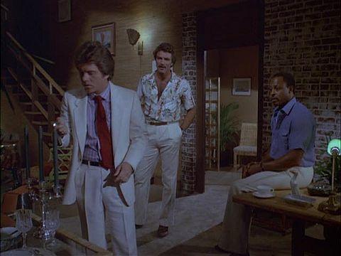 Rick: Larry Manetti en T.C.: Roger E. Mosley