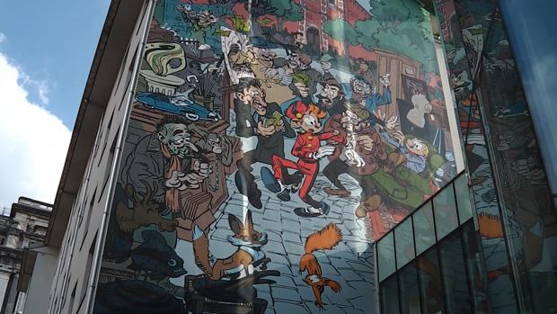 De nieuwste stripmuur in Brussel is van Robbedoes.