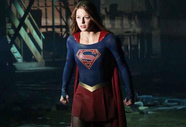 Melissa Benoist als Supergirl.