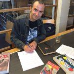 Spidey's web: Boekcontract getekend
